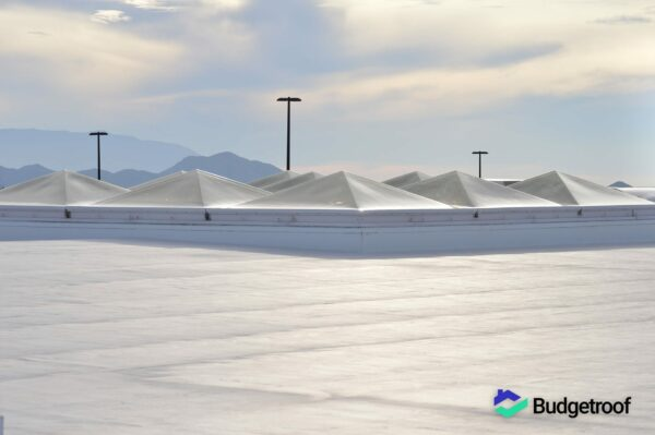 Budgetroof-Vloeibare-coating-Polyurethaan-dakbedekking